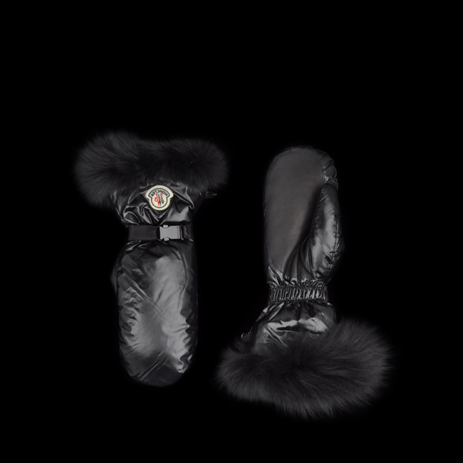 MONCLER WOMEN Gloves BLACK