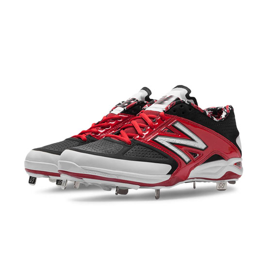 MEN'S New Balance Low-Cut 4040v2 Metal Cleat Red with Black