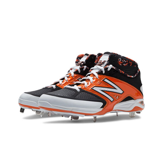 MEN'S New Balance Mid-Cut 4040v2 Metal Cleat Black with Orange & White
