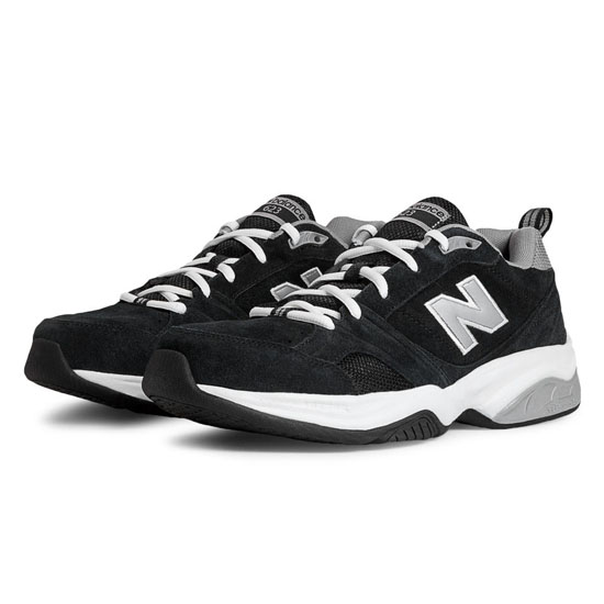 MEN'S New Balance 623v2 Black with Silver & White