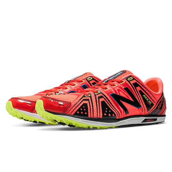 WOMEN'S New Balance XC700v3 Spikeless Red with Black