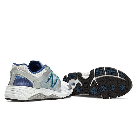 WOMEN\'S New Balance 3040 White with Silver & Classic Blue