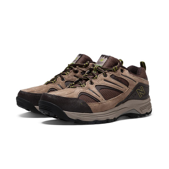WOMEN'S New Balance 759 Brown