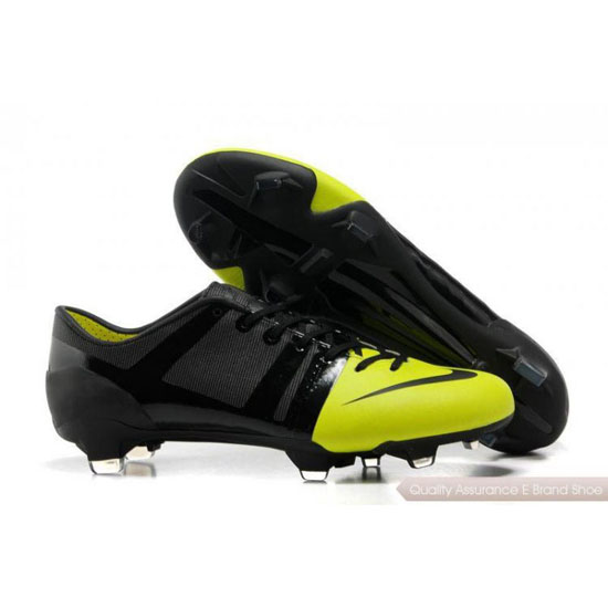 Nike Soccer Sneakers Mens Black/Yellow