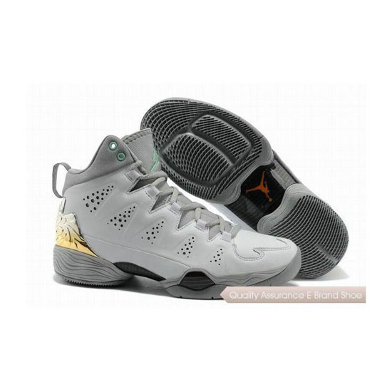 Nike Carmelo Anthony-Jordan Melo M10 White/Wolf Grey-Gold Sneakers