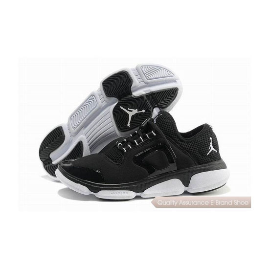 Nike Jordan RCVR 2 Black-White Sneakers