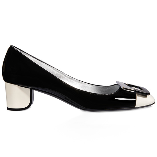 ROGER VIVIER U-LOOK PUMP IN PATENT LEATHER