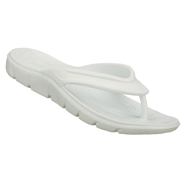SKECHERS WOMEN BEACHING IT White