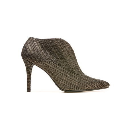 STUART WEITZMAN THE HEISTUP BOOTIE Brass Licorice Nappa