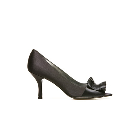 STUART WEITZMAN THE GIGIRITZ PUMP Black Satin