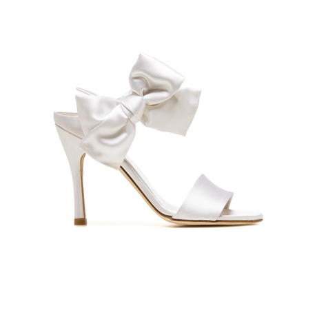 STUART WEITZMAN THE BIGBOW PUMP White Satin