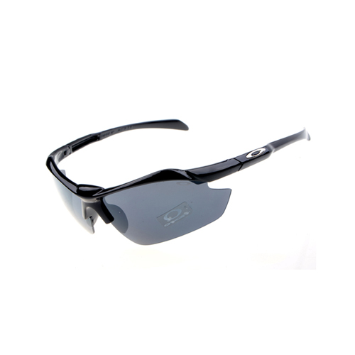 Oakley Sport Sunglasses MD002545