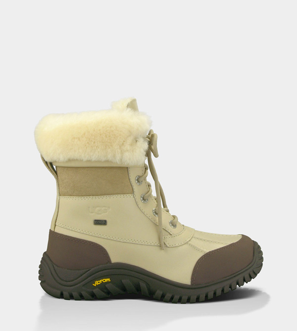 UGG WOMENS ADIRONDACK BOOT II - LEATHER SAND