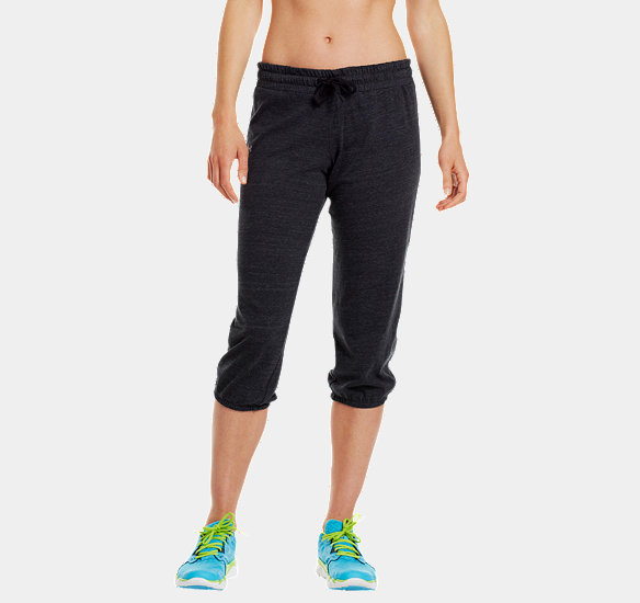 UNDER ARMOUR WOMEN CHARGED COTTON UNDENIABLE CAPRI BLACK