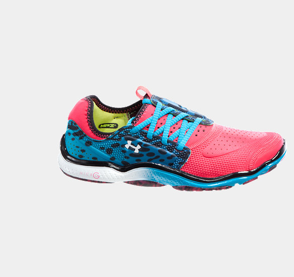 UNDER ARMOUR WOMEN MICRO G TOXIC SIX RUNNING SHOES HOLLYWOOD