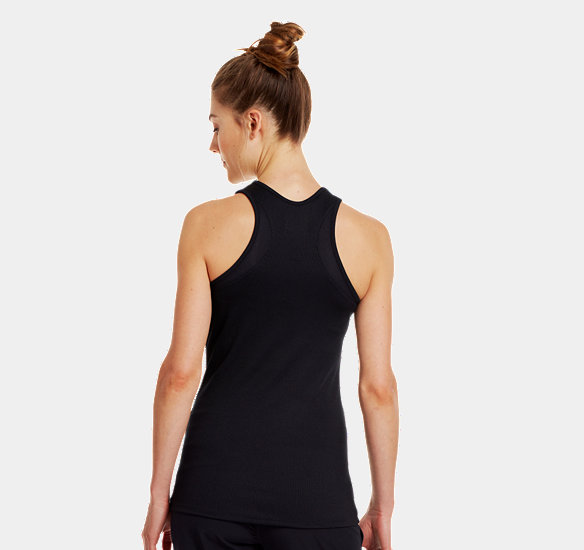 UNDER ARMOUR WOMEN VICTORY TANK TOP BLACK