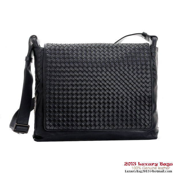 Bottega Veneta Intrecciato Leather Messenger Bag BV399865 Black