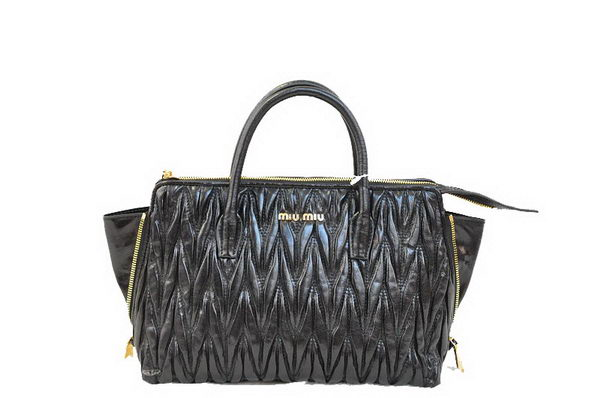 miu miu Matelasse Bright Leather Top-Handle Bag RN1016 Black