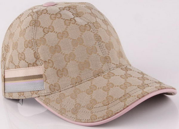 Gucci Peaked Cap GG46 Pink