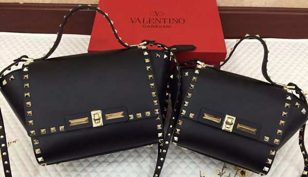 Valentino Garavani Rockstud Shopping Bags Ferrari Leather VO809 Black