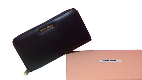 miu miu Madras Original Sheepskin Leather Wallet 5M0506 Black
