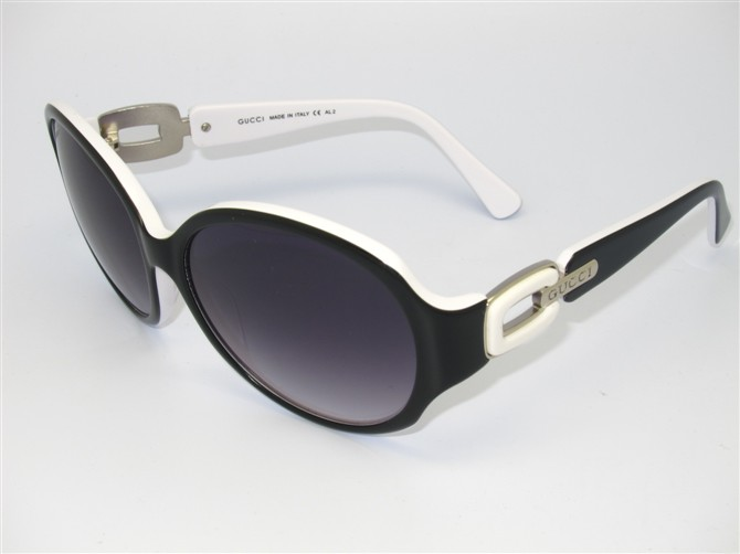 Gucci Sunglasses GGS157