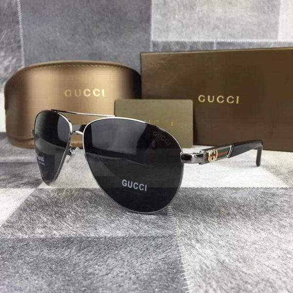 GUCCI Sunglasses GGS427038