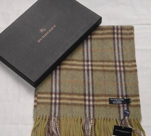 Burberry Wool Scarf Light Green A12