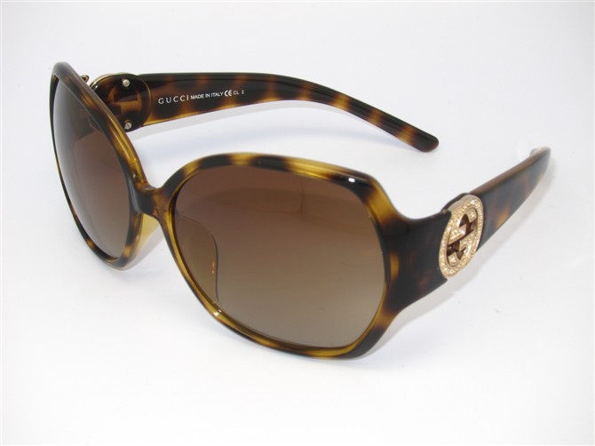 Gucci Sunglasses GGS139
