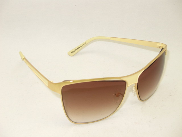 Gucci Sunglasses GGS085