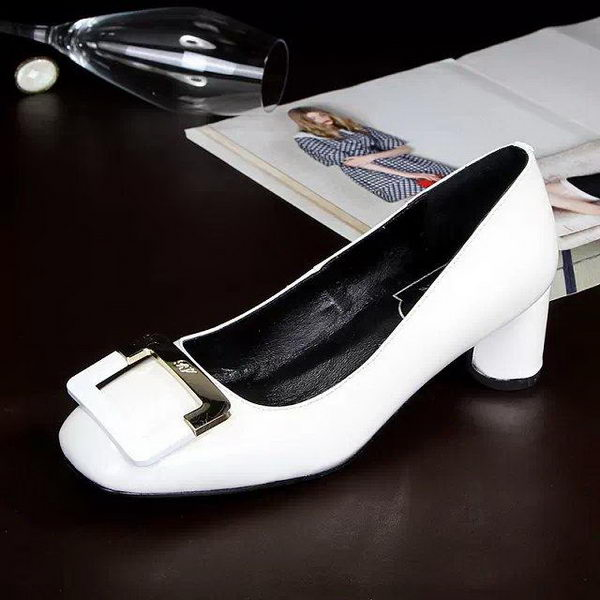 Roger Vivier Patent Leather Pump RV275 White