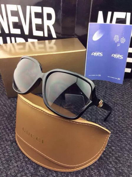 GUCCI Sunglasses GGS427054