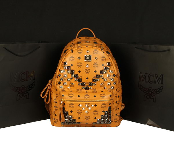 MCM Stark Backpack Jumbo in Calf Leather 8100 Camel