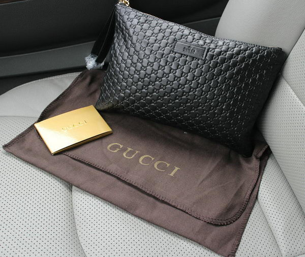 Gucci Guccissima Leather Clutch G66232 Black