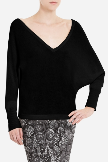 BCBGMAXAZRIA WYATT V-NECK SWEATER