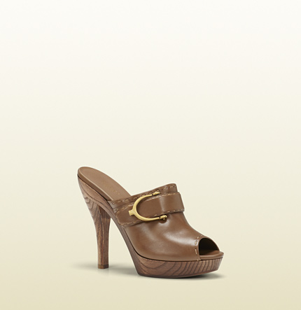 Gucci gucci stirrup maple brown leather high-heel clog
