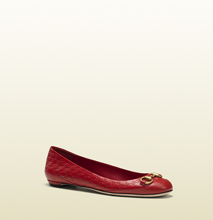 Gucci carlie red microguccissima leather horsebit ballet flat
