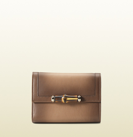 Gucci womens 1921 collection medium wallet with bamboo detail.