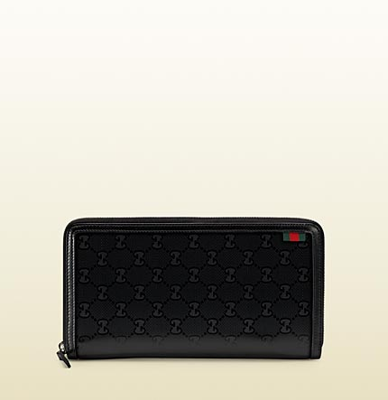 Gucci travel document case.