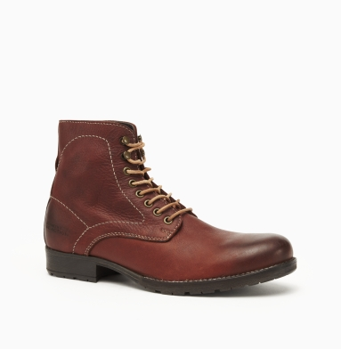 Kenneth Cole Collection Special In-Vite Boot RED