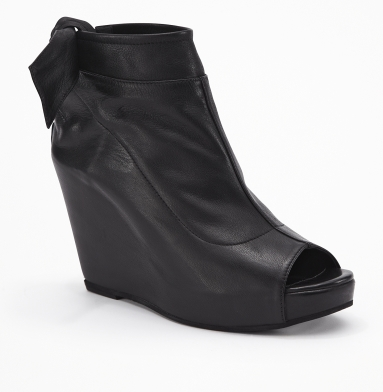 Kenneth Cole New York My Faith Bootie BLACK