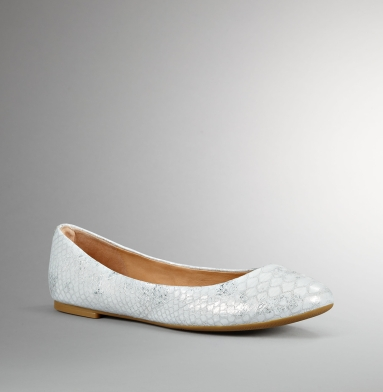 Kenneth Cole New York The Delight Flat WHITE/SILVER