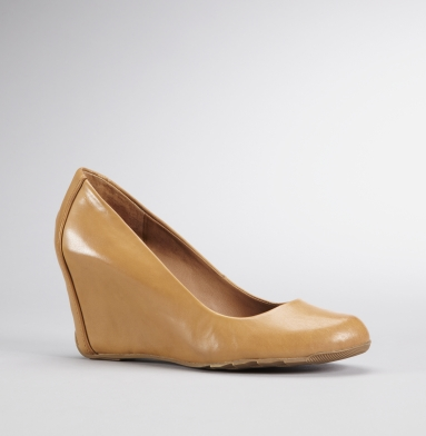 Kenneth Cole Reaction Did U Tell Heel MAPLE