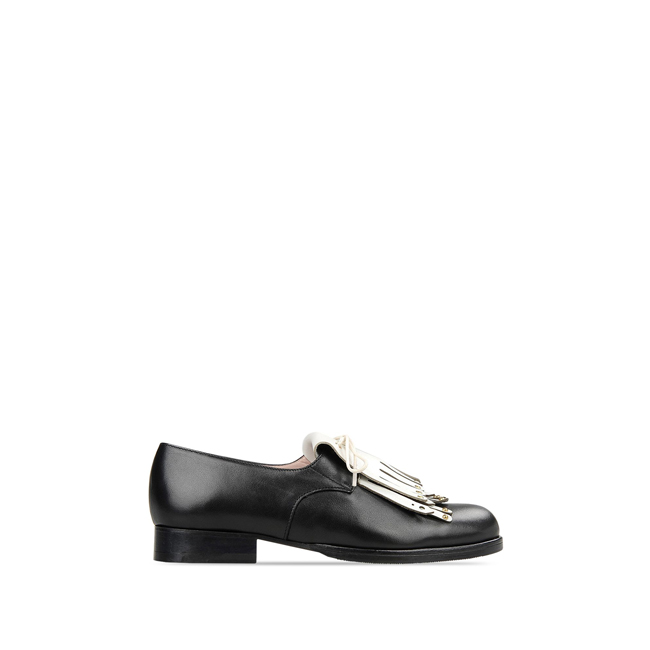 Moschino Cheap and Chic Laced shoes BLACK