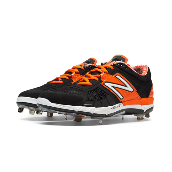 MEN'S New Balance Low-Cut 3000v2 Metal Cleat Black with Orange