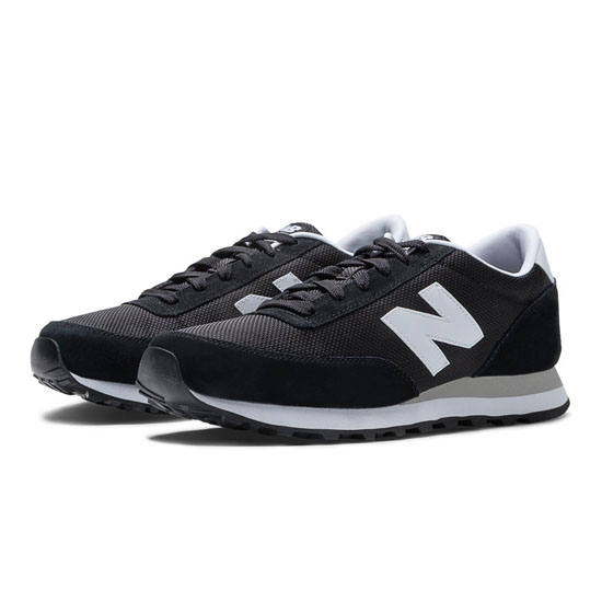 MEN'S New Balance Ballistic 501 Black with White