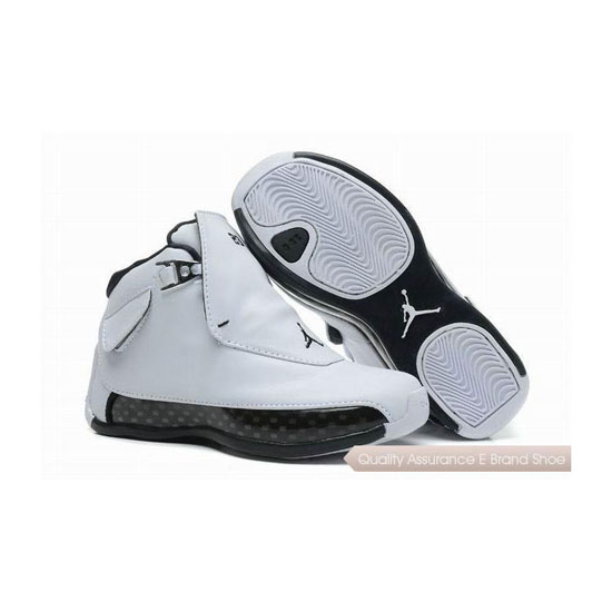 Nike Kids Air Jordan 18 White/Black Sneakers