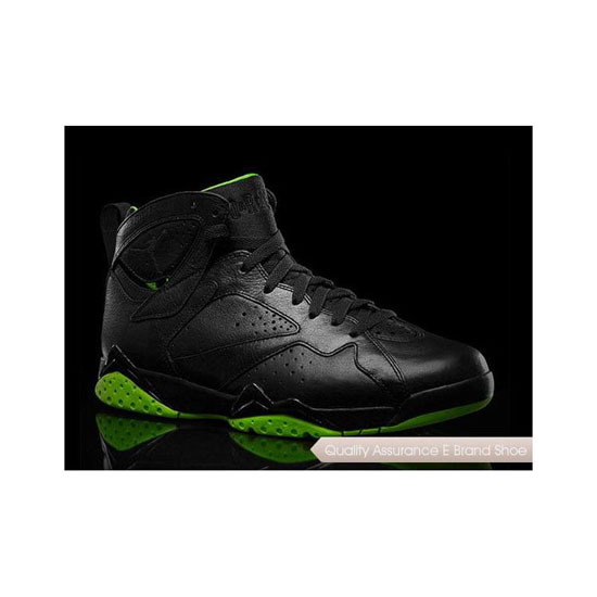 Nike Air Jordan 7 Black/Neon Green Sneakers