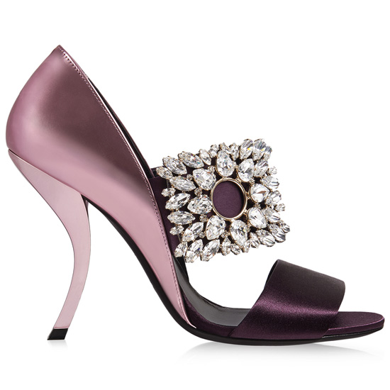 ROGER VIVIER VIRGULE SANDALS IN SILK AND LEATHER