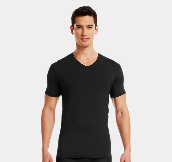 UNDER ARMOUR MEN THE ORIGINAL UNDER ARMOUR FITTED V-NECK UNDERSHIRT BLACK